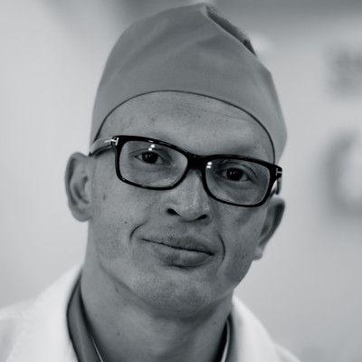 Dr. Matias San Martin